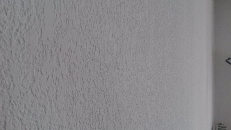 enduire un mur bordeaux artisans proposez vos services. Black Bedroom Furniture Sets. Home Design Ideas