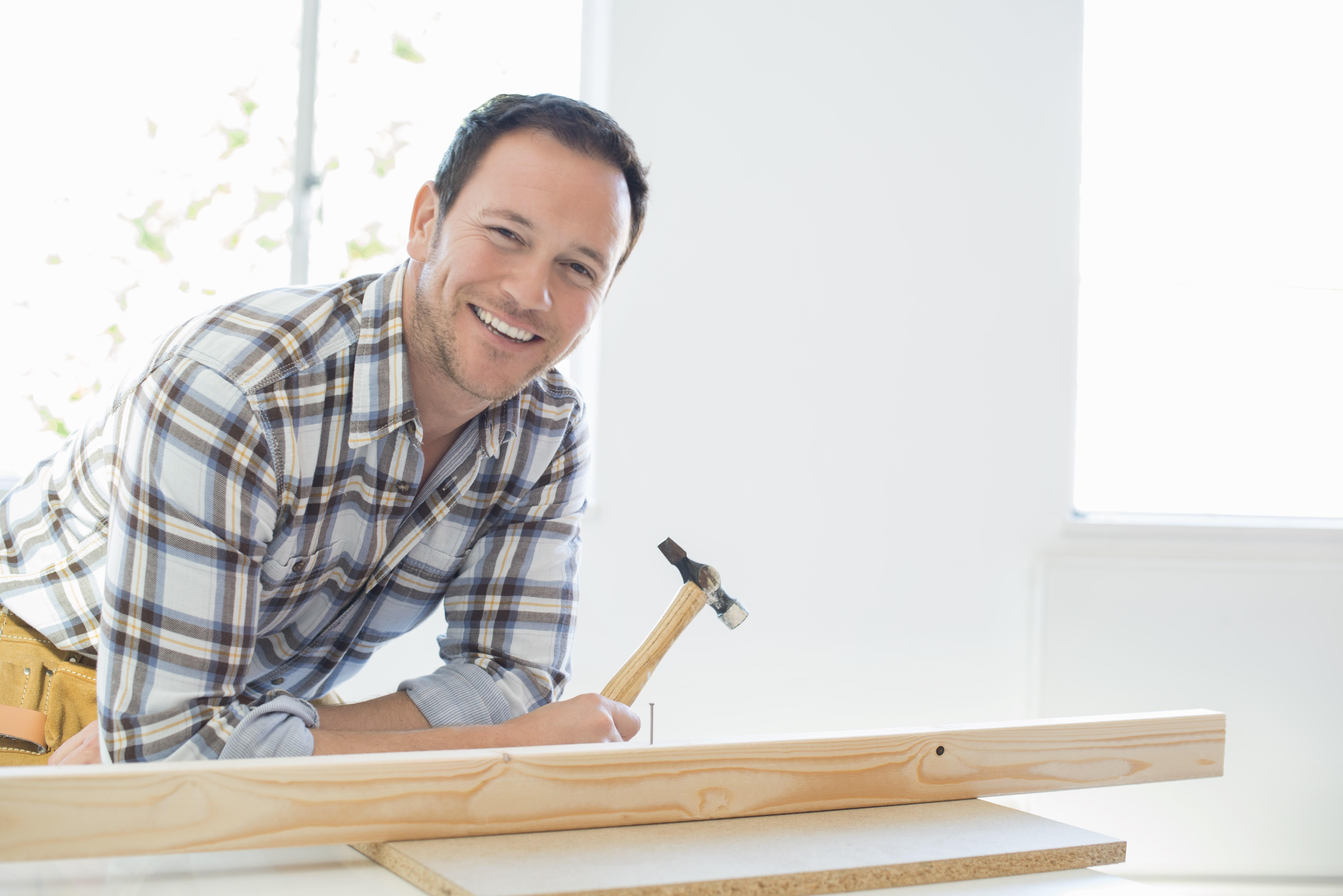 Hauteur Entre Plan De Travail Et Meuble Haut combien coûte le montage de meubles à domicile ?