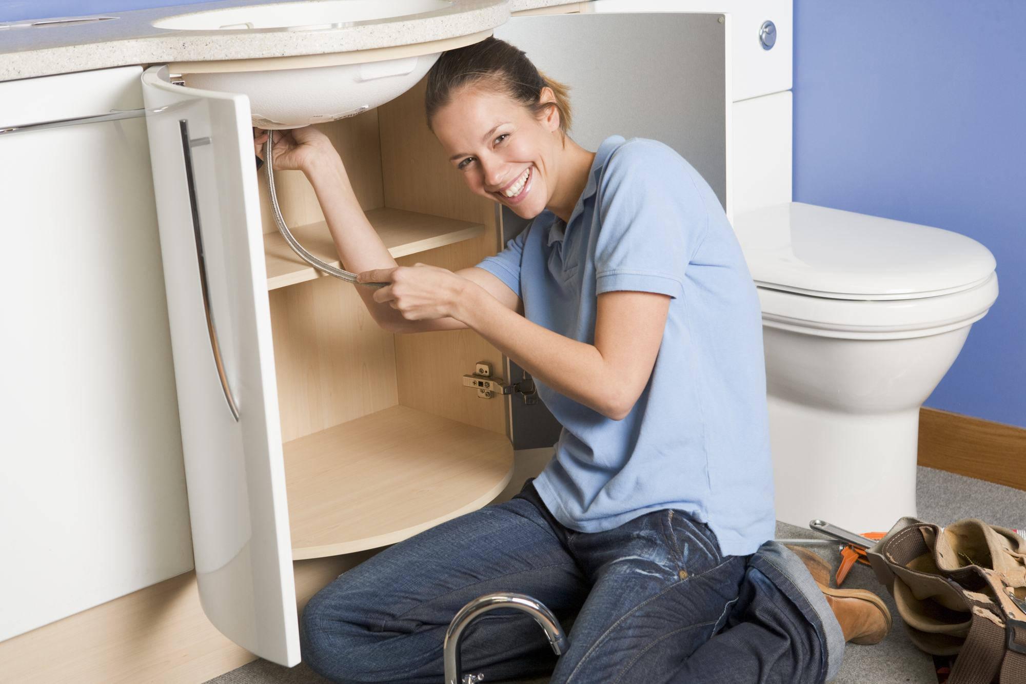 Salle de bain comment choisir et installer un meuble - Comment installer un lavabo de salle de bain ...
