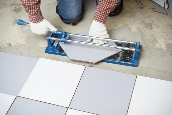 Combien coûte la pose d'un revêtement de sol ?