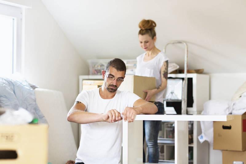 Effectuez un montage de meuble en complétant vos revenus avec Frizbiz