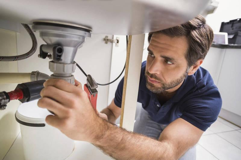 Devenez plombier grâce au jobbing