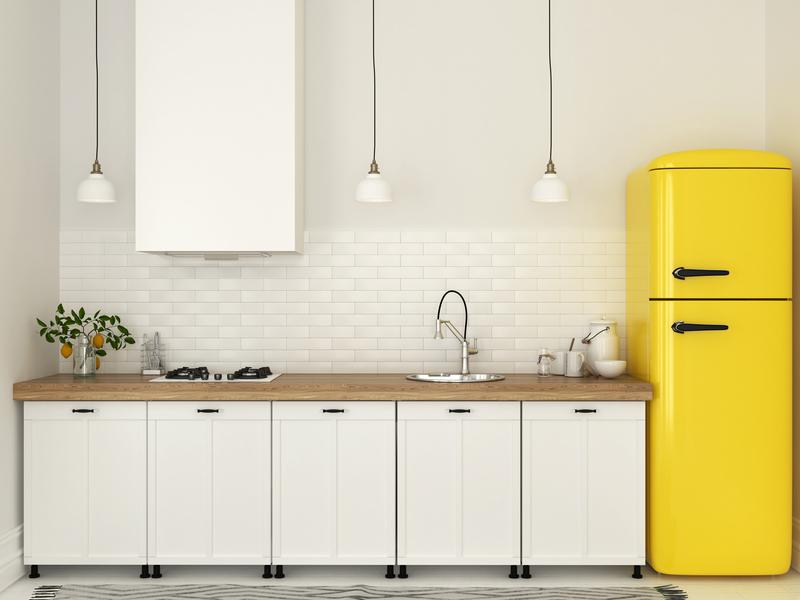 Installez un plan de travail dans la cuisine avec Frizbiz