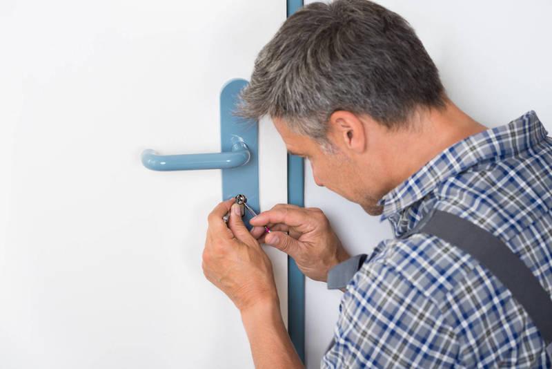 Comment changer la serrure d'une porte d'entrée ?