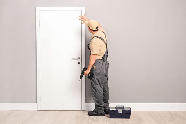 Quel est le prix pour faire poser une porte ?