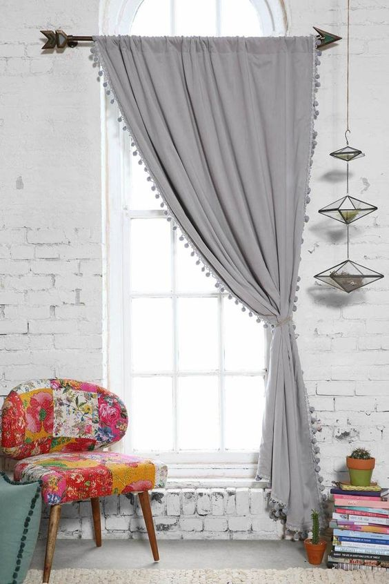 comment bien choisir sa tringle rideau. Black Bedroom Furniture Sets. Home Design Ideas