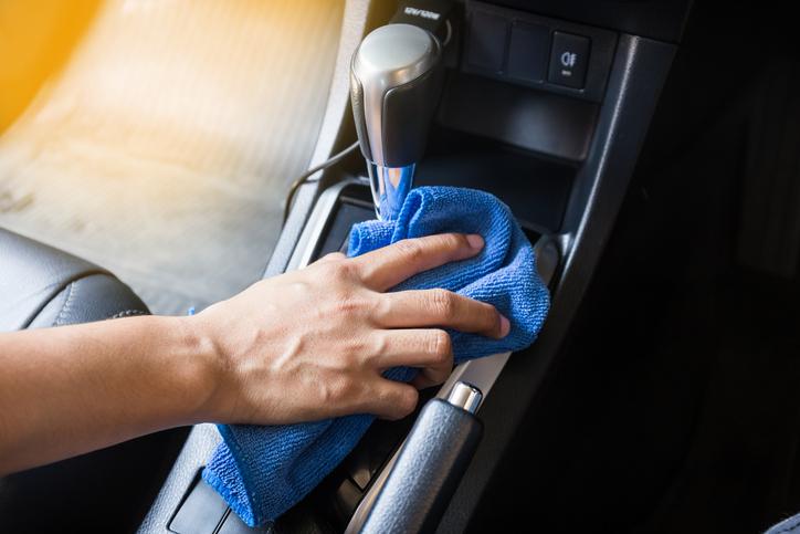 Comment enlever les mauvaises odeurs d'un véhicule ?